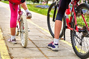 Bicyclists and Motorists: Rights and Responsibilities